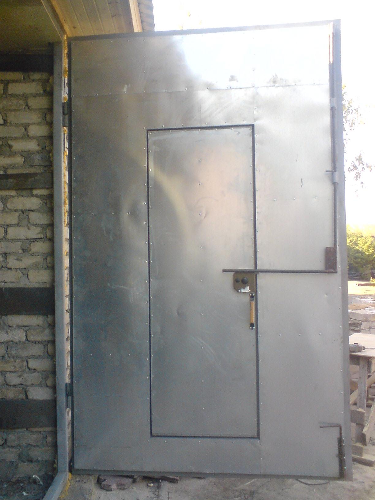 заказать гаражные ворота и металлические двери